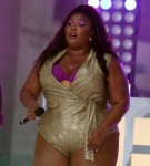 Singer LIZZO Performs Live on NBC's