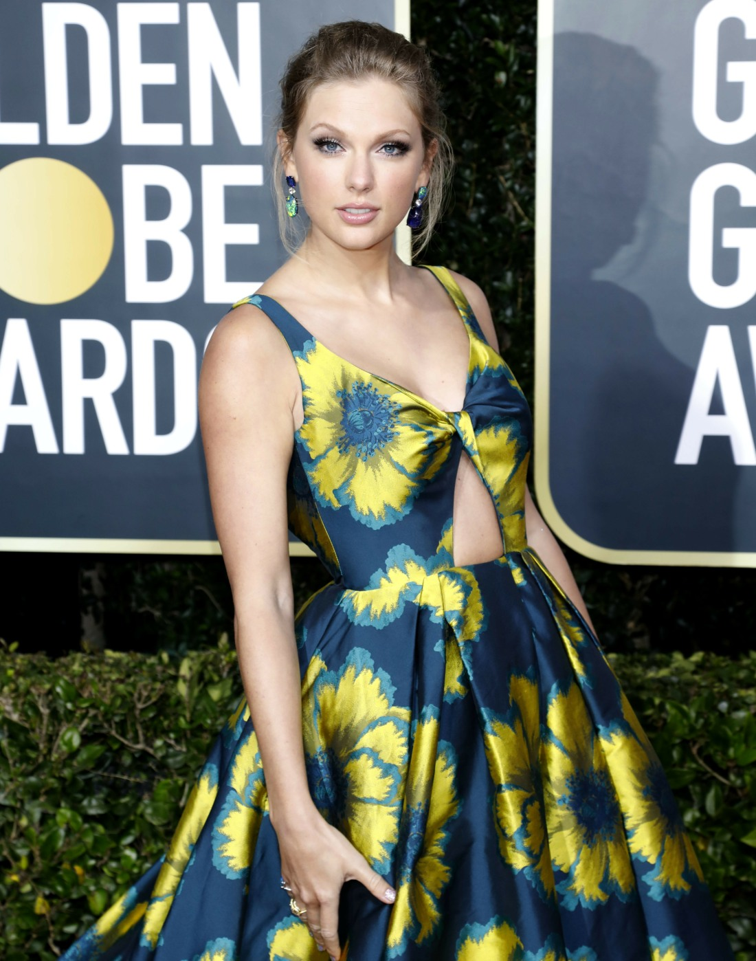Taylor Swift attending the 77th Annual Golden Globe Awards at The Beverly Hilton Hotel on January 5, 2020 in Beverly Hills, California. | usage worldwide